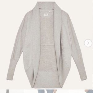 WILFRED Diderot Sweater in Light Grey
